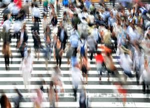 pedestrians-400811_1280_1